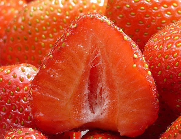 Strawberries Drink Bisect Food Fruity Rich Cut In