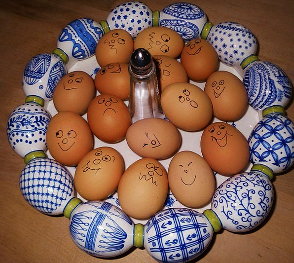 Eggs Spawns Scale Gauge Easter Funny Humorous Eggs