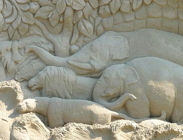 Sand Sculpture Monster Face Expression Elephant La