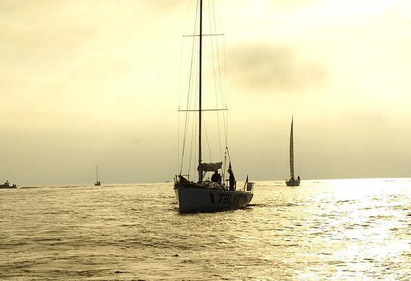 Sailboat Dinghy Dawn Yole Sunrise