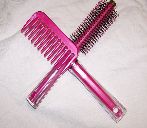 Comb Search Pink Flushed Hair Brush Haircare Hairb
