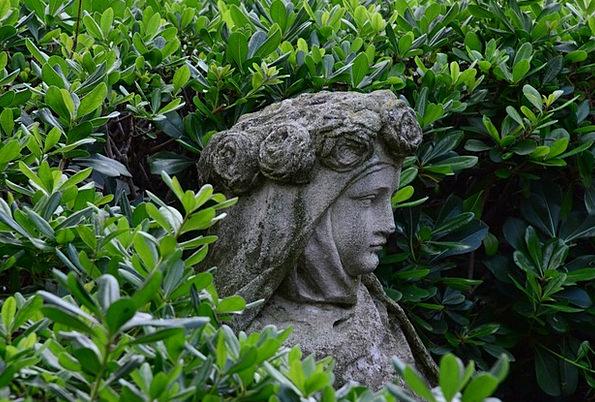 Statue Figurine Stone Pebble Madonna Sculptor Hist