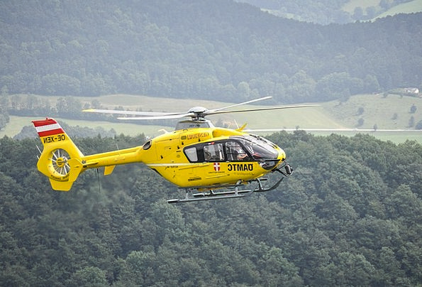Helicopter Airplane Yellow Creamy Christophorus9 F