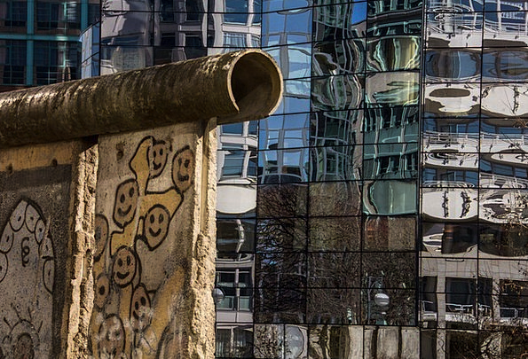 Berlin Wall Buildings Partition Architecture Berli