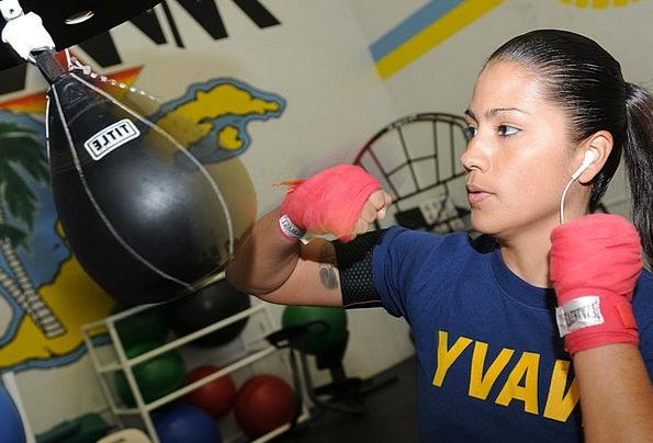 Boxer Combatant Feminine Training Exercise Female