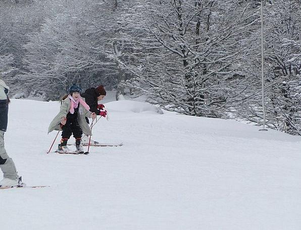 Children Broods Snowflake Winter Season Snow Patag
