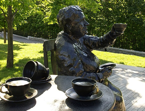 Statue Figurine Metallic Bronze Metal Alloy Blend