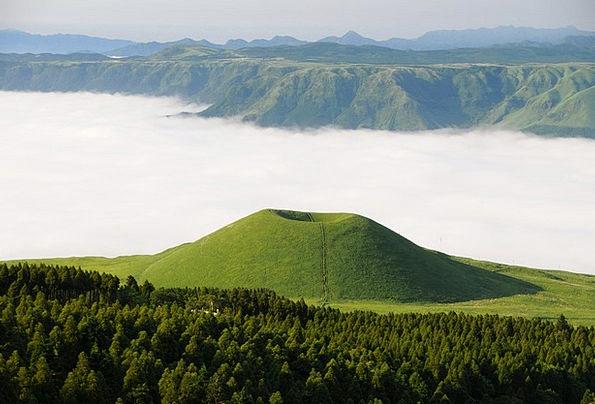 Aso Sea Of Clouds Komezuka Cloud Mist Kumamoto Jap