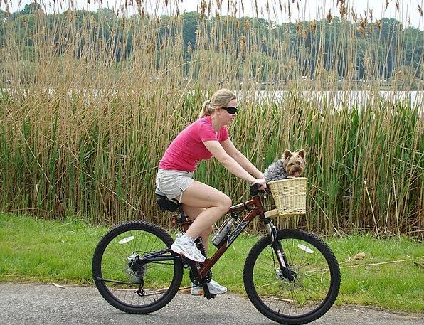Girl Lassie Motorbike Lake Freshwater Bike Sport G
