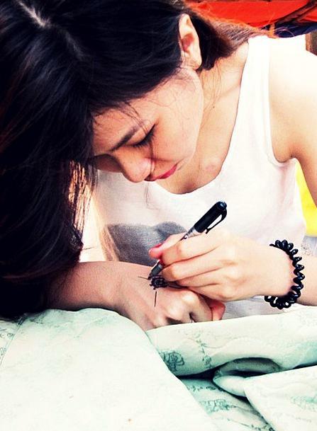 Henna Color Sketch Girl Lassie Drawing Portrait Re
