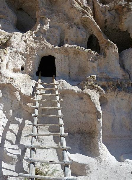 Bandelier National Monument, Pillars, Limestone, Mineral