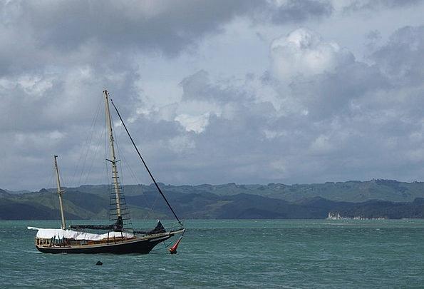 Sailing Boat Vapors Sea Marine Clouds Boot Gumboot