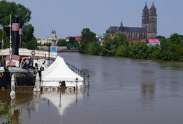 High Water Magdeburg Ueberschwaemmung Elbe Württem