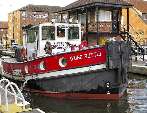 Tugboat Ship Boat Crawler Flatterer Newark Lock Tr