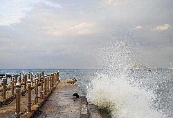 Sea Marine Landscapes Surfs Nature Sky Blue Waves