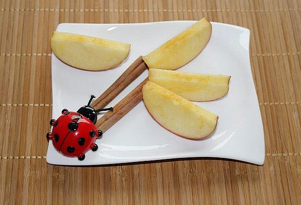 Plate Decoration Cinnamon Apple Slices Ladybug