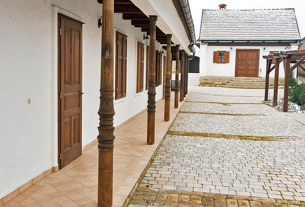 Villány Buildings Portico Architecture Yard Plot P