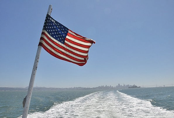 American Flag Vacation Voyage Travel Flag Standard