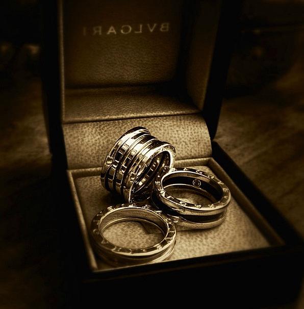 Ring Circle Fashion Treat Beauty Black And White L