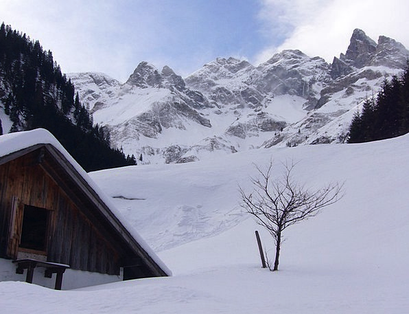 Winter Season Crags Wintry Chilly Mountains Snow S