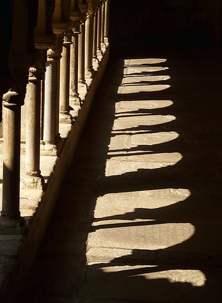 Cloister Arcade Colonnade Columnar Light Bright Mo