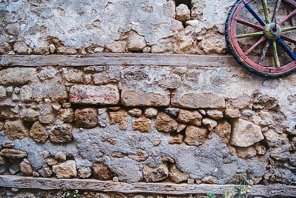 Wheel Helm Partition Old Stone Wall