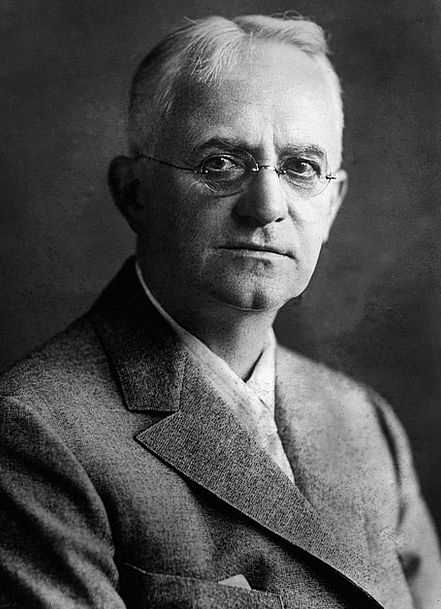 George Eastman Businessperson Inventor Discoverer
