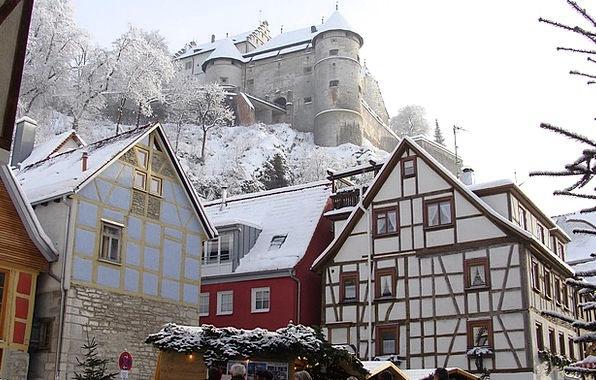 Back Alley Heidenheim Brenz Castle And Castle Ligh