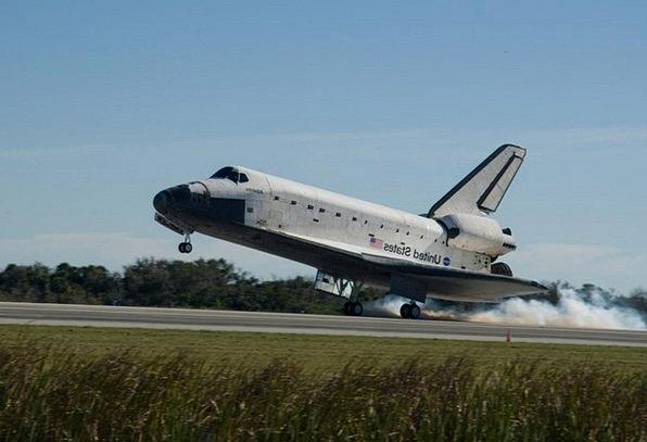 Space Shuttle Space capsule Mooring Astronautics L