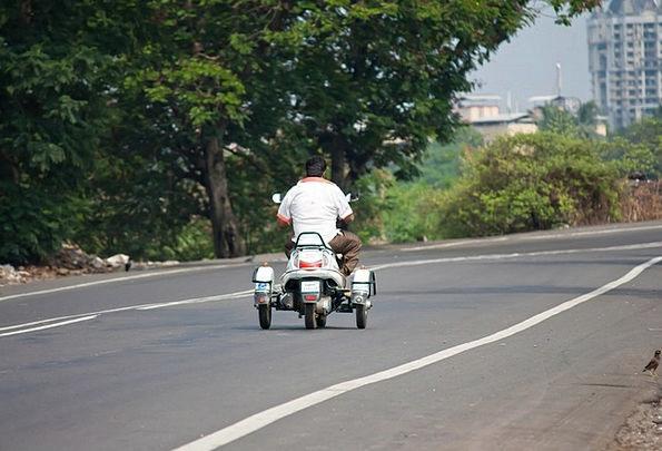 Scooter, Traffic, Transportation, India, Trike, Road, Street