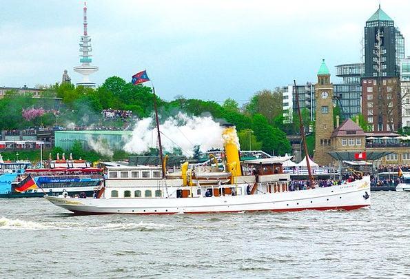 Steamboat Elbe Hamburg Port Harbor Hafengeburtstag