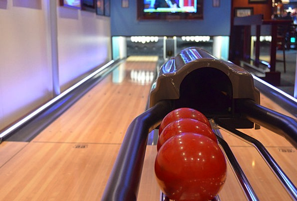 Bowling Careening Sphere Bowling Alley Ball Close
