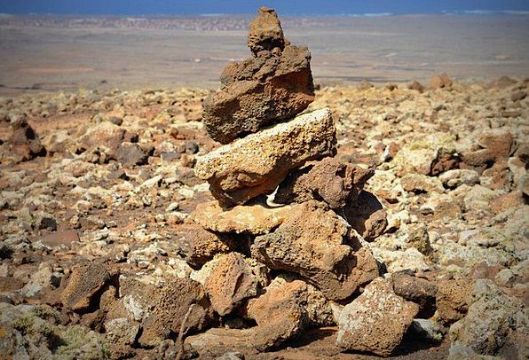 Stones Gravels Pillars Orientation Location Rocks