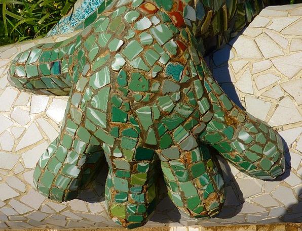 Park Güell Barcelona Gaudí Mosaic Medley Dragons G