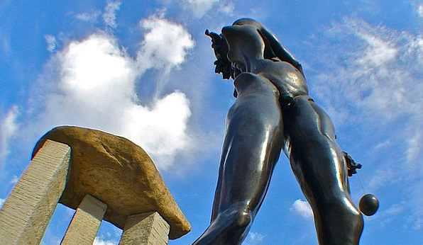 Dali Statue Figurine Madrid Sky Blue Stone Metal A