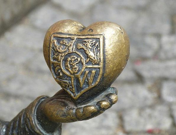 Heart Emotion Pointer Wroclaw Hand Bronze Marketpl