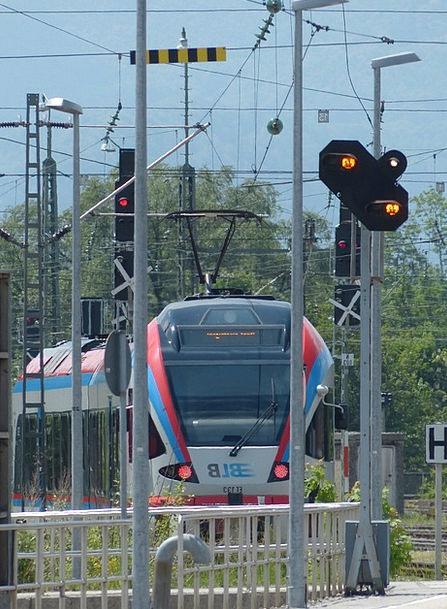 Train Pullman Technology Skill Railway Station Bun