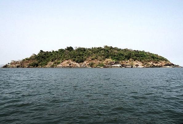 Kurumgad Isle Small Minor Island India Mound Knoll