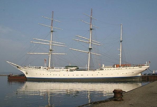 Sailing Marine Vessel Sailing Boat Ship Sea Boat S