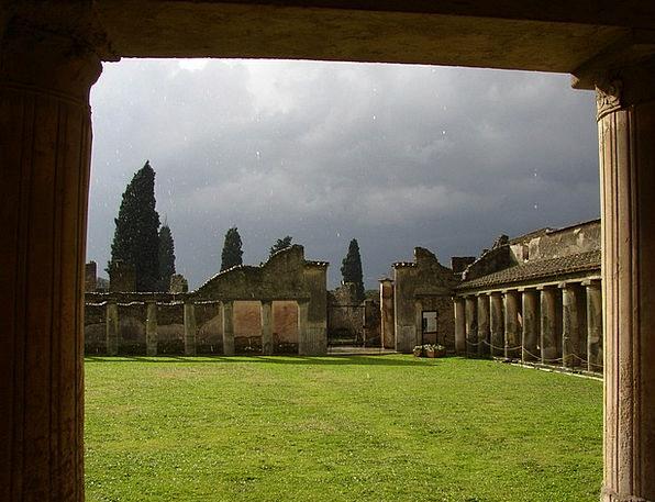 Pompeii Volley Ancient Antique Rain Rome Roman Ita