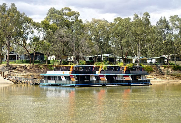 Houseboats Vacation Travel Holiday Break Boats Tou