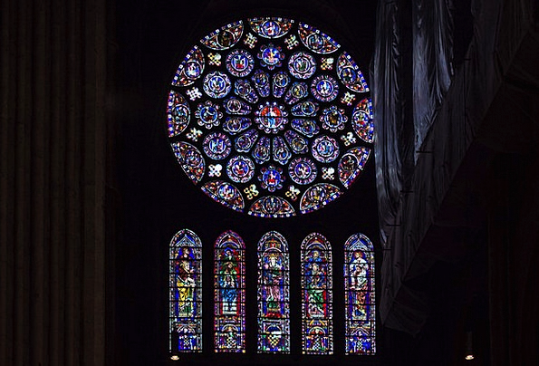 Chartres Church Rosette Badge Cathedral