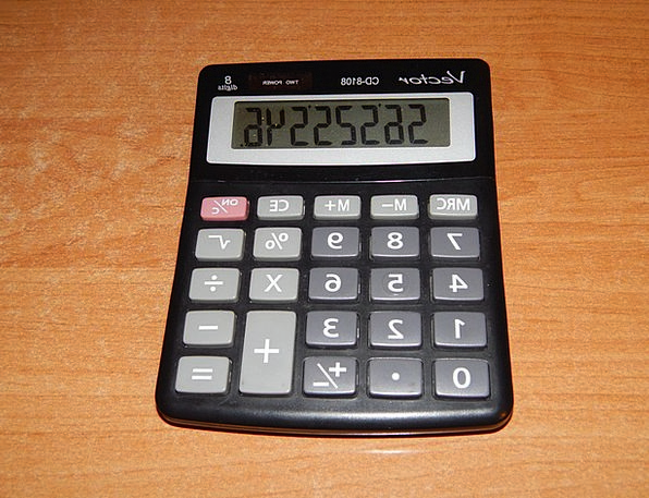 Calculator Adder Including The Number Of Counting