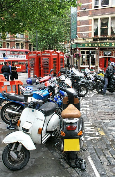 London Traffic Road Transportation Street Scene St