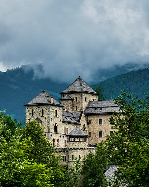 Castle Fortress Bruck Austria Mountains Crags Tree