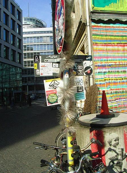 Hamburg Buildings Crouching Architecture Scene Act