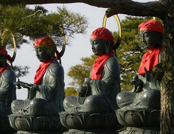 Statue Figurine Request Buddha Pray Calm Statues F