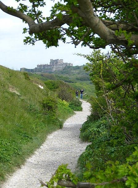 White Cliffs Coast Shore Dover Castle Path Trail A