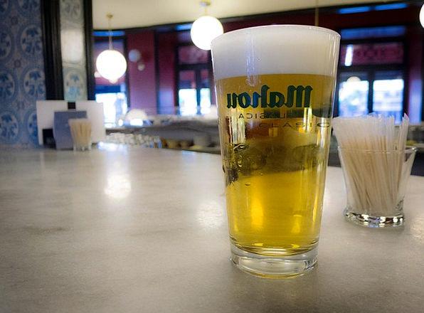 Beer Cocktail White Cross Madrid Mahou Bar Saloon