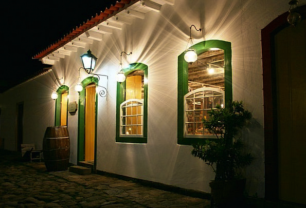 Paraty Frontage Lamps Uplighters Facade Colonial A